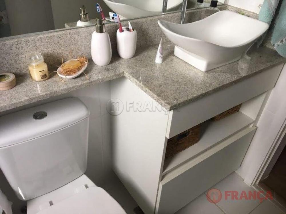 Comprar Apartamento / Padrão em Jacareí apenas R$ 330.000,00 - Foto 9