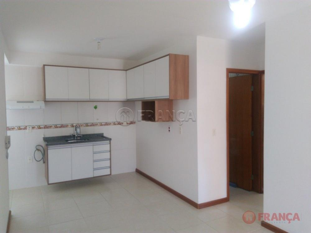 Comprar Apartamento / Padrão em Jacareí R$ 180.000,00 - Foto 11