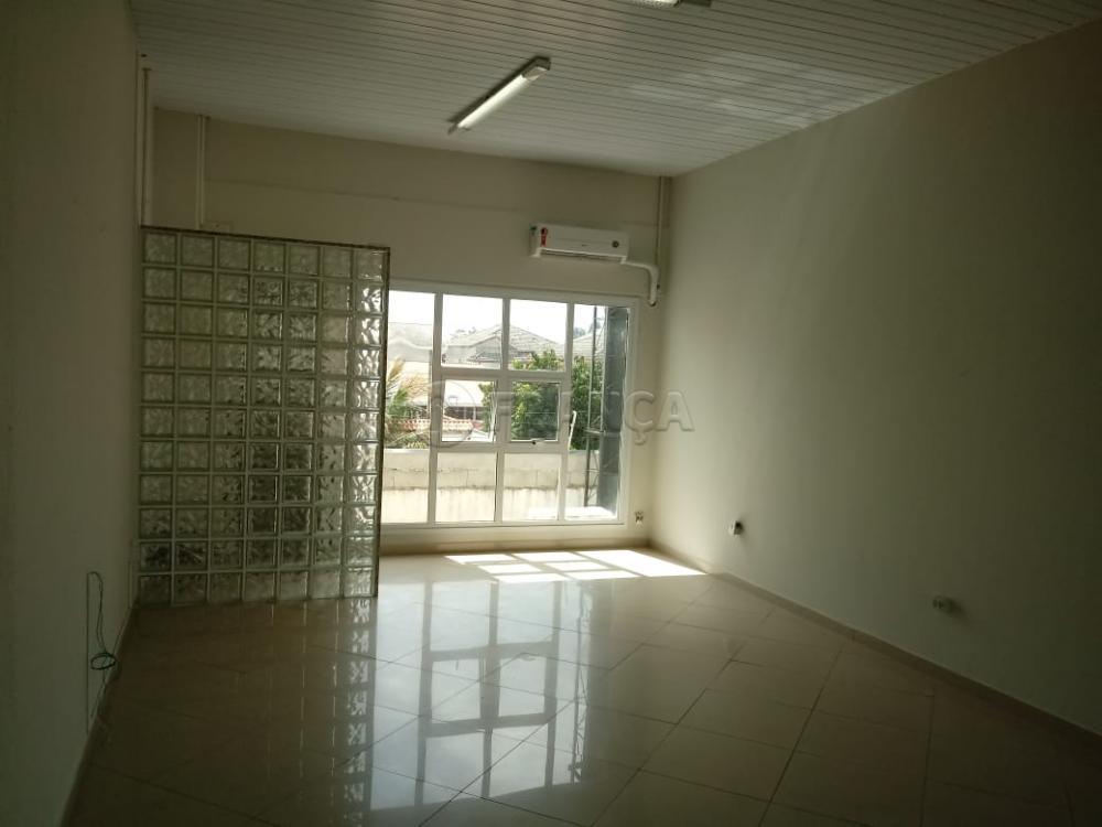 Alugar Comercial / Sala em Condomínio em Jacareí apenas R$ 1.000,00 - Foto 3