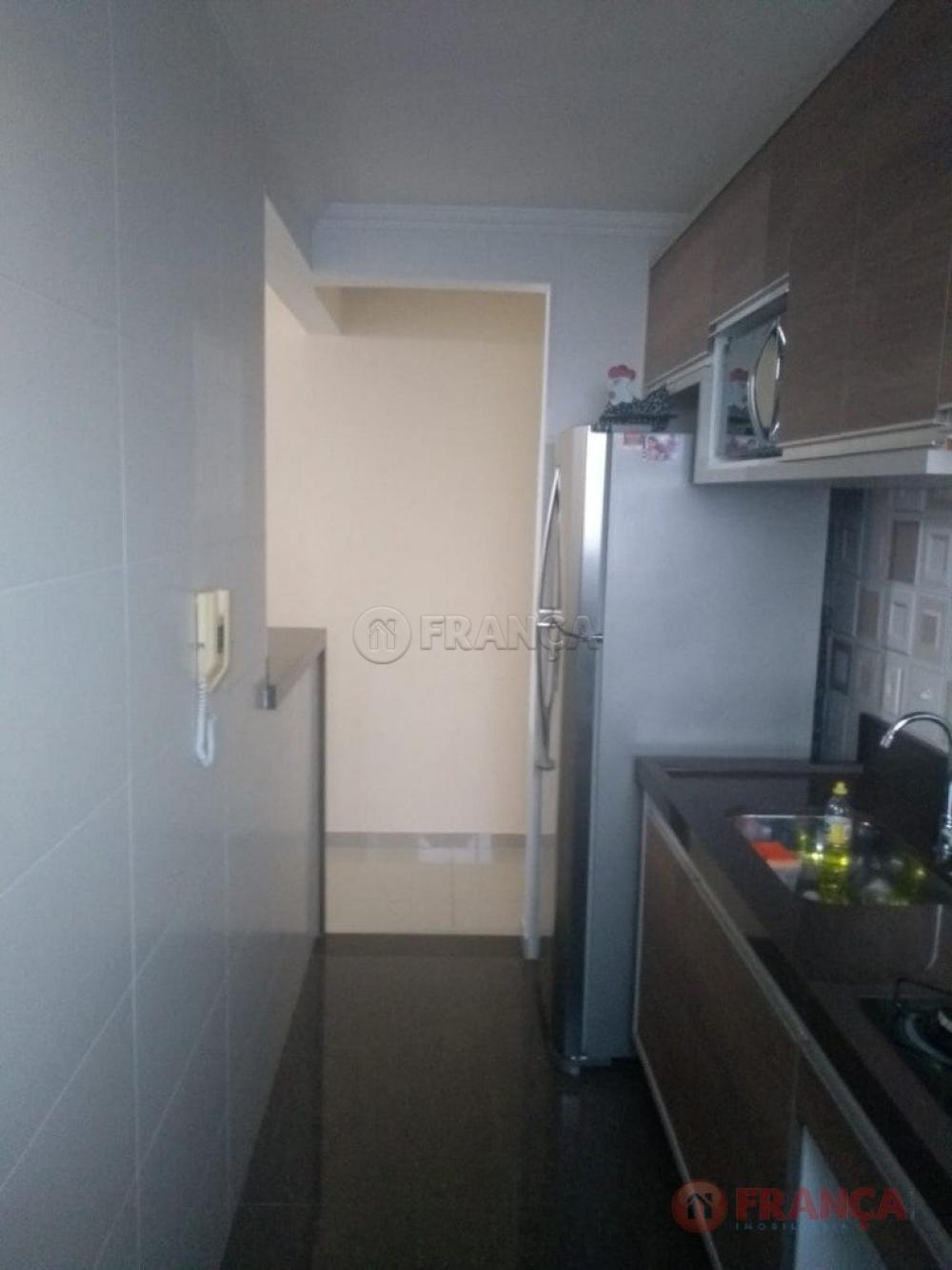 Comprar Apartamento / Padrão em Jacareí apenas R$ 170.000,00 - Foto 9