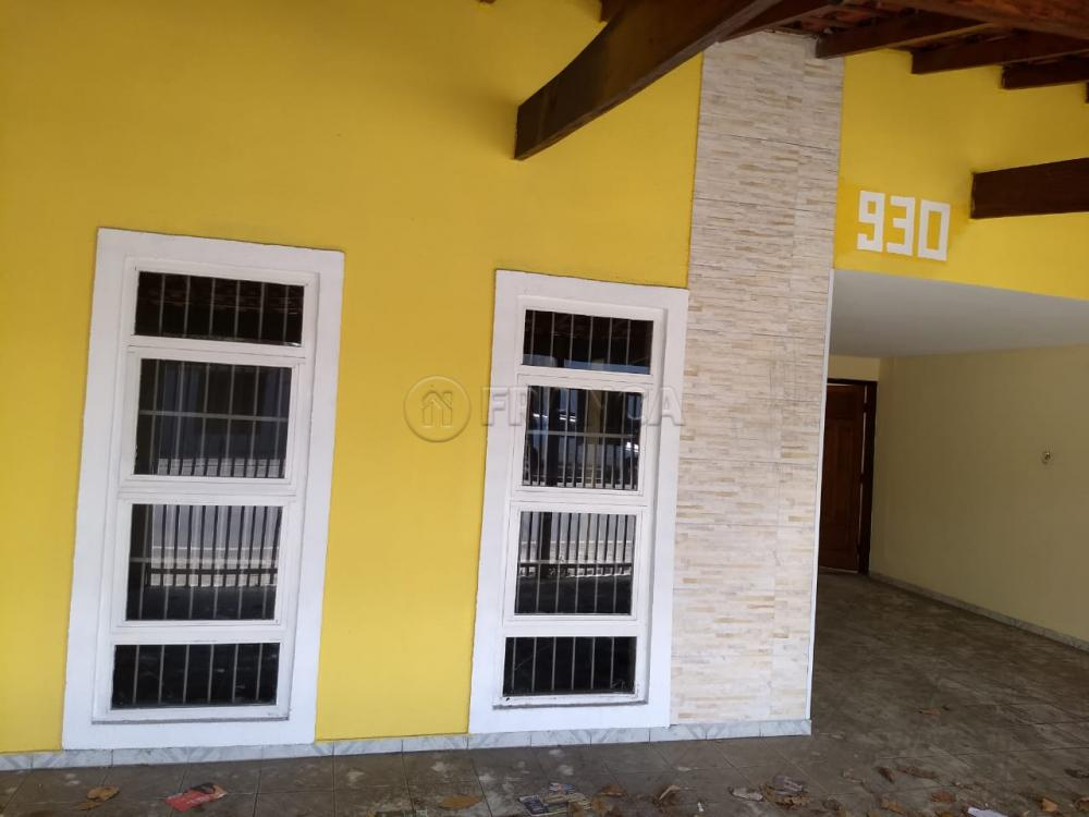 Jacarei Casa Locacao R$ 2.500,00 3 Dormitorios 2 Suites Area do terreno 256.00m2 Area construida 204.00m2