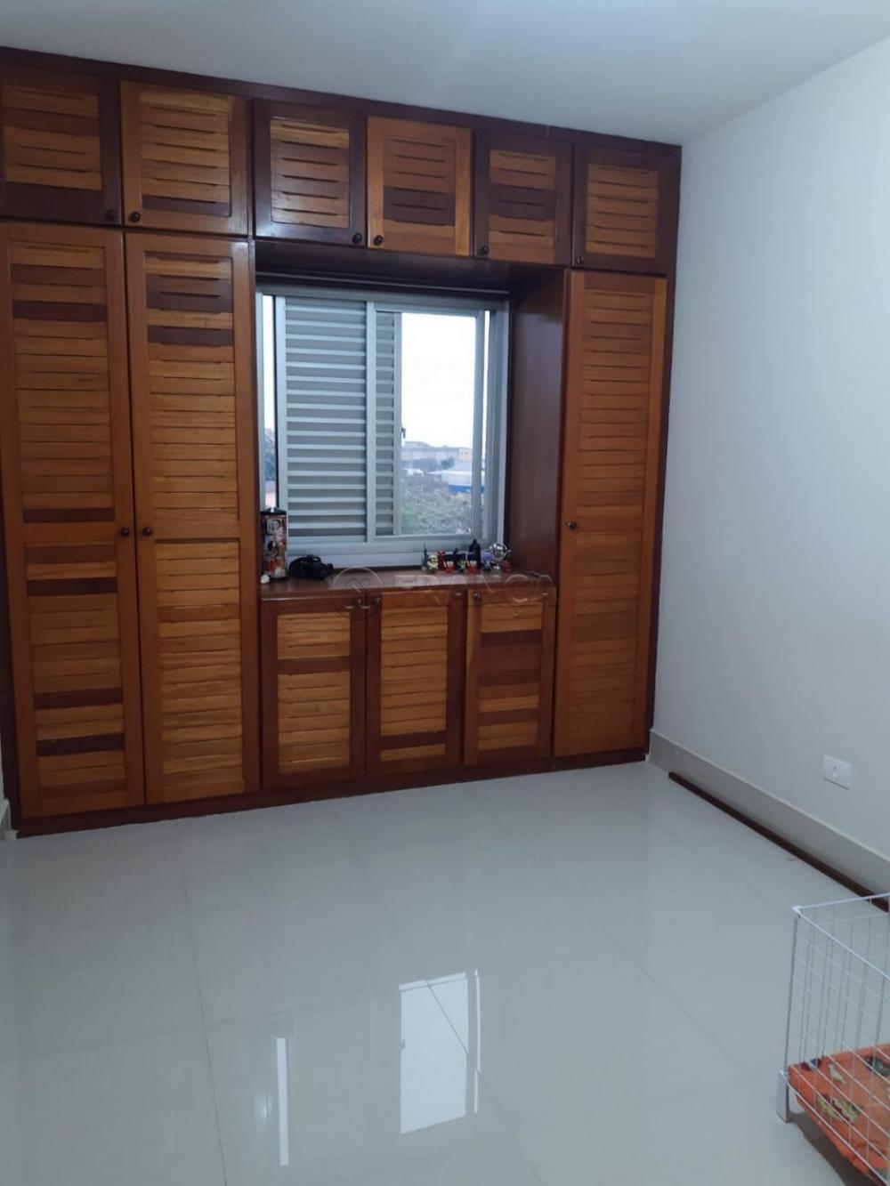 Alugar Apartamento / Padrão em Jacareí apenas R$ 860,00 - Foto 17
