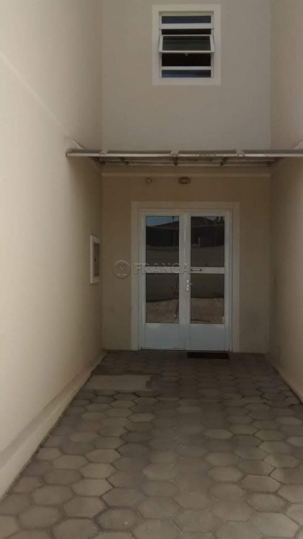 Alugar Apartamento / Padrão em Jacareí apenas R$ 700,00 - Foto 11
