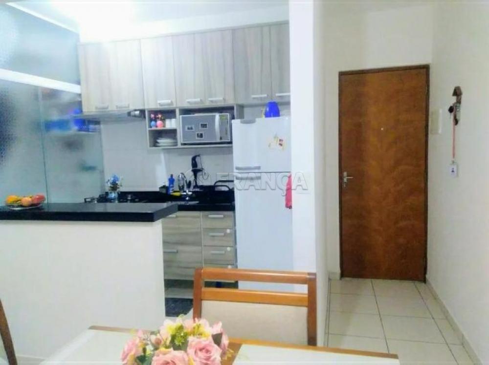 Comprar Apartamento / Padrão em São José dos Campos apenas R$ 180.200,00 - Foto 3