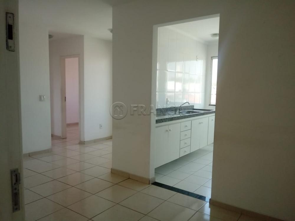 Comprar Apartamento / Padrão em São José dos Campos apenas R$ 202.000,00 - Foto 6