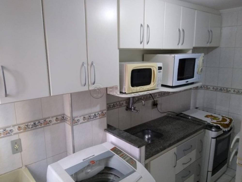 Comprar Apartamento / Padrão em São José dos Campos apenas R$ 220.000,00 - Foto 4