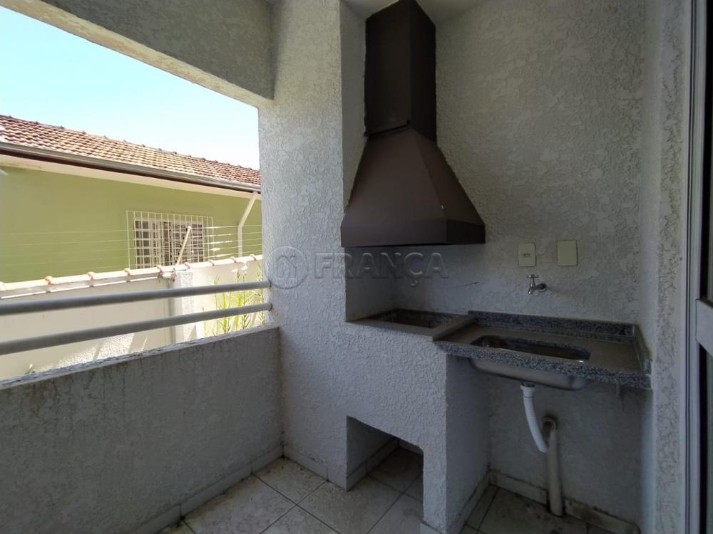 Alugar Apartamento / Padrão em Jacareí apenas R$ 800,00 - Foto 2