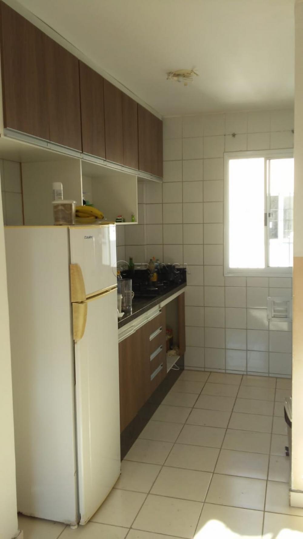Comprar Apartamento / Padrão em São José dos Campos apenas R$ 118.000,00 - Foto 1