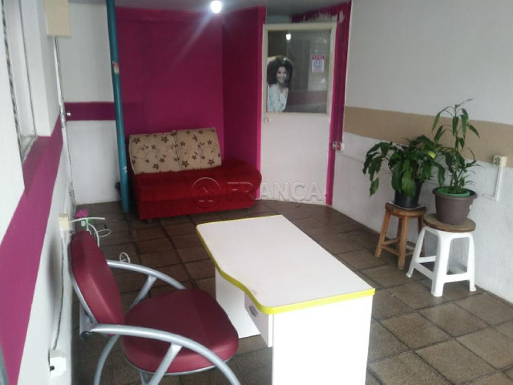 Alugar Comercial / Salão em São José dos Campos apenas R$ 1.300,00 - Foto 6