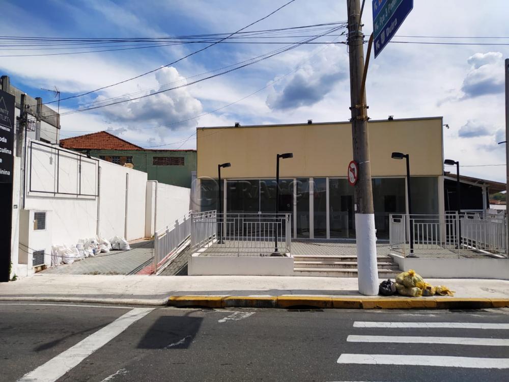 Alugar Comercial / Ponto Comercial em Jacareí apenas R$ 6.000,00 - Foto 12