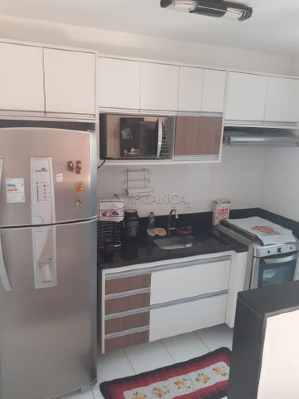 Comprar Apartamento / Padrão em São José dos Campos apenas R$ 225.000,00 - Foto 4
