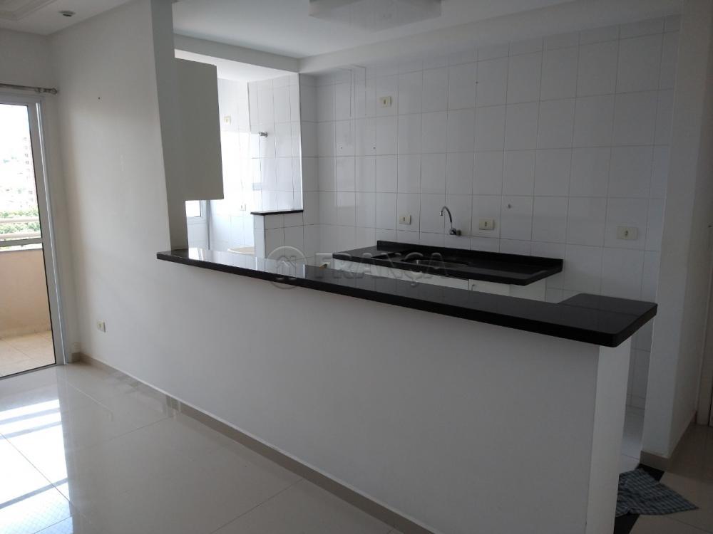 Comprar Apartamento / Padrão em Jacareí R$ 390.000,00 - Foto 5