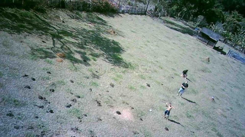 Comprar Rural / Chácara em São José dos Campos R$ 850.000,00 - Foto 13