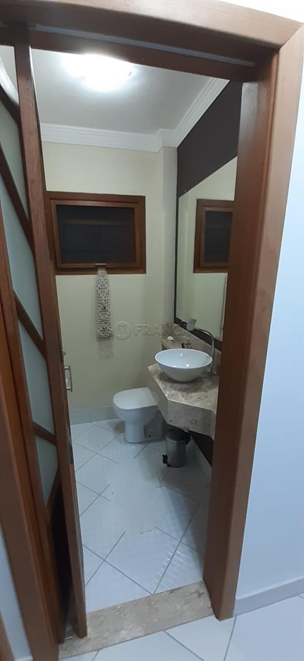 Comprar Casa / Padrão em Jacareí R$ 556.500,00 - Foto 14