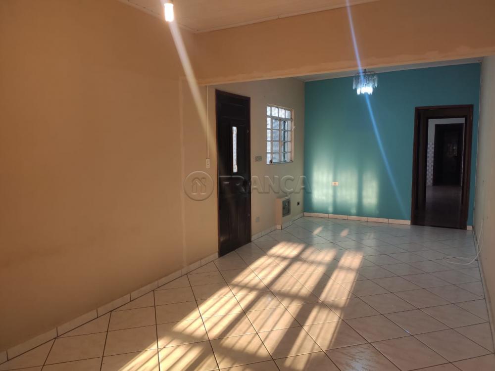 Comprar Casa / Padrão em Jacareí R$ 215.000,00 - Foto 3