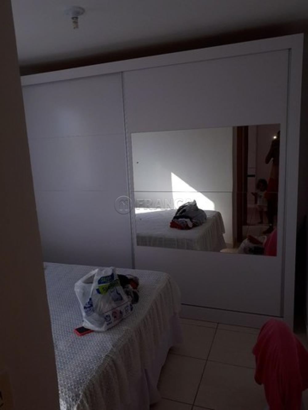 Comprar Apartamento / Padrão em Jacareí R$ 180.000,00 - Foto 4