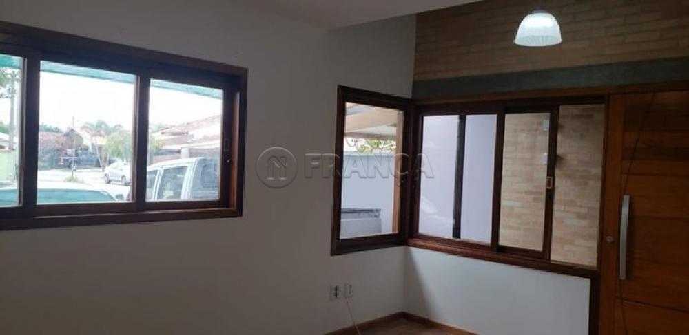 Comprar Casa / Condomínio em Taubaté R$ 420.000,00 - Foto 2