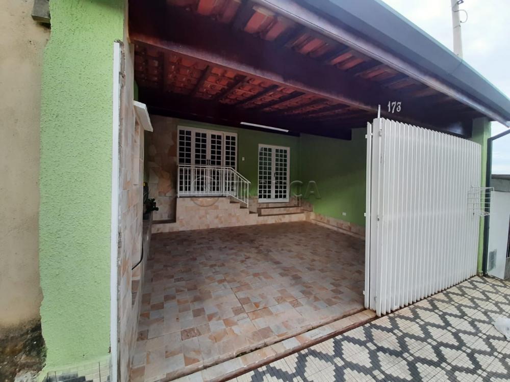 Comprar Casa / Sobrado em Taubaté R$ 373.000,00 - Foto 2