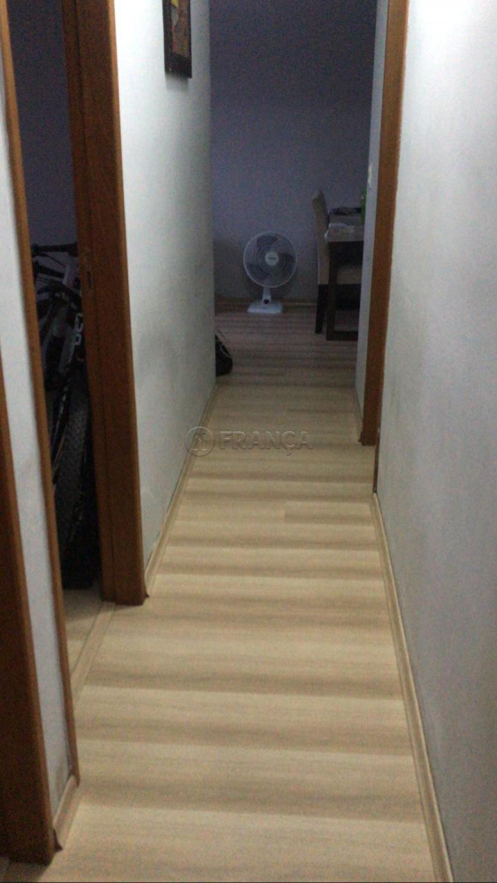 Comprar Apartamento / Padrão em São José dos Campos R$ 325.000,00 - Foto 7