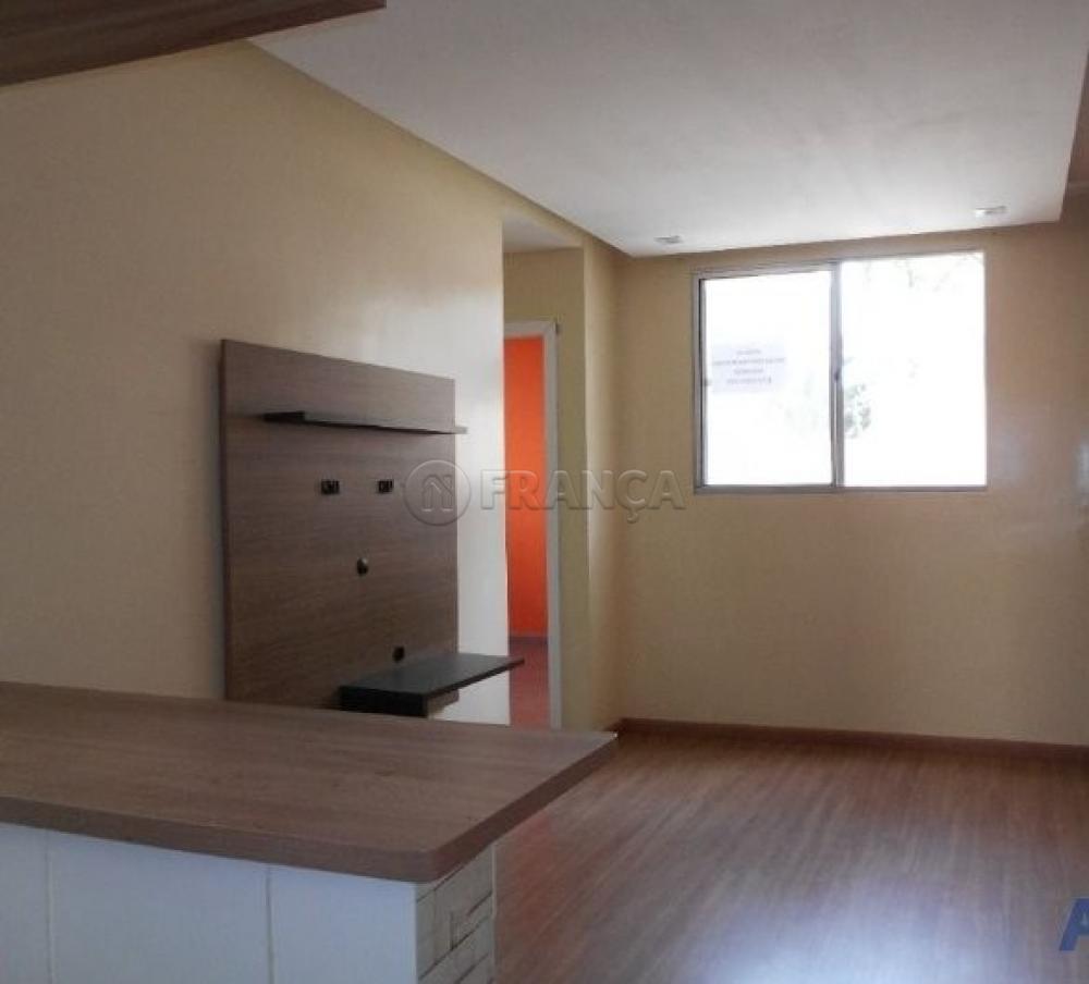 Comprar Apartamento / Padrão em Jacareí R$ 159.000,00 - Foto 1