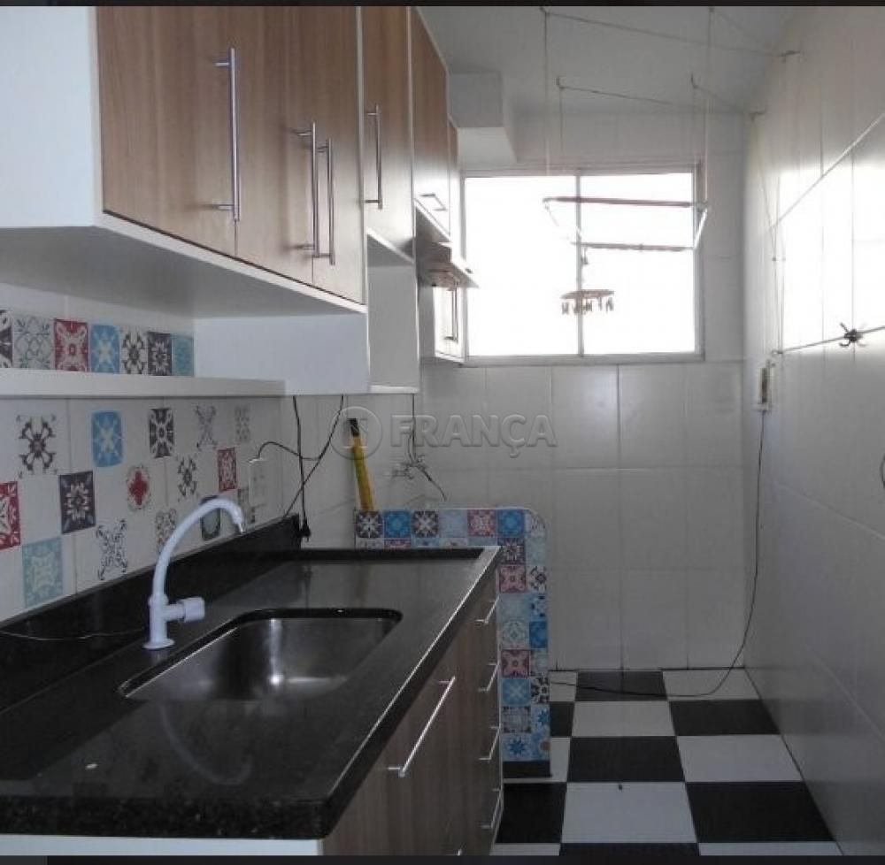 Comprar Apartamento / Padrão em Jacareí R$ 159.000,00 - Foto 4