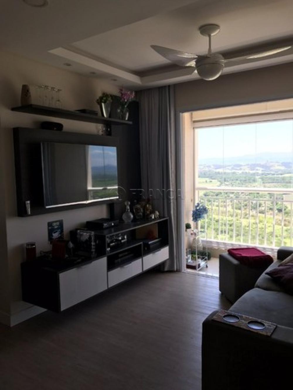 Comprar Apartamento / Padrão em São José dos Campos R$ 395.000,00 - Foto 2