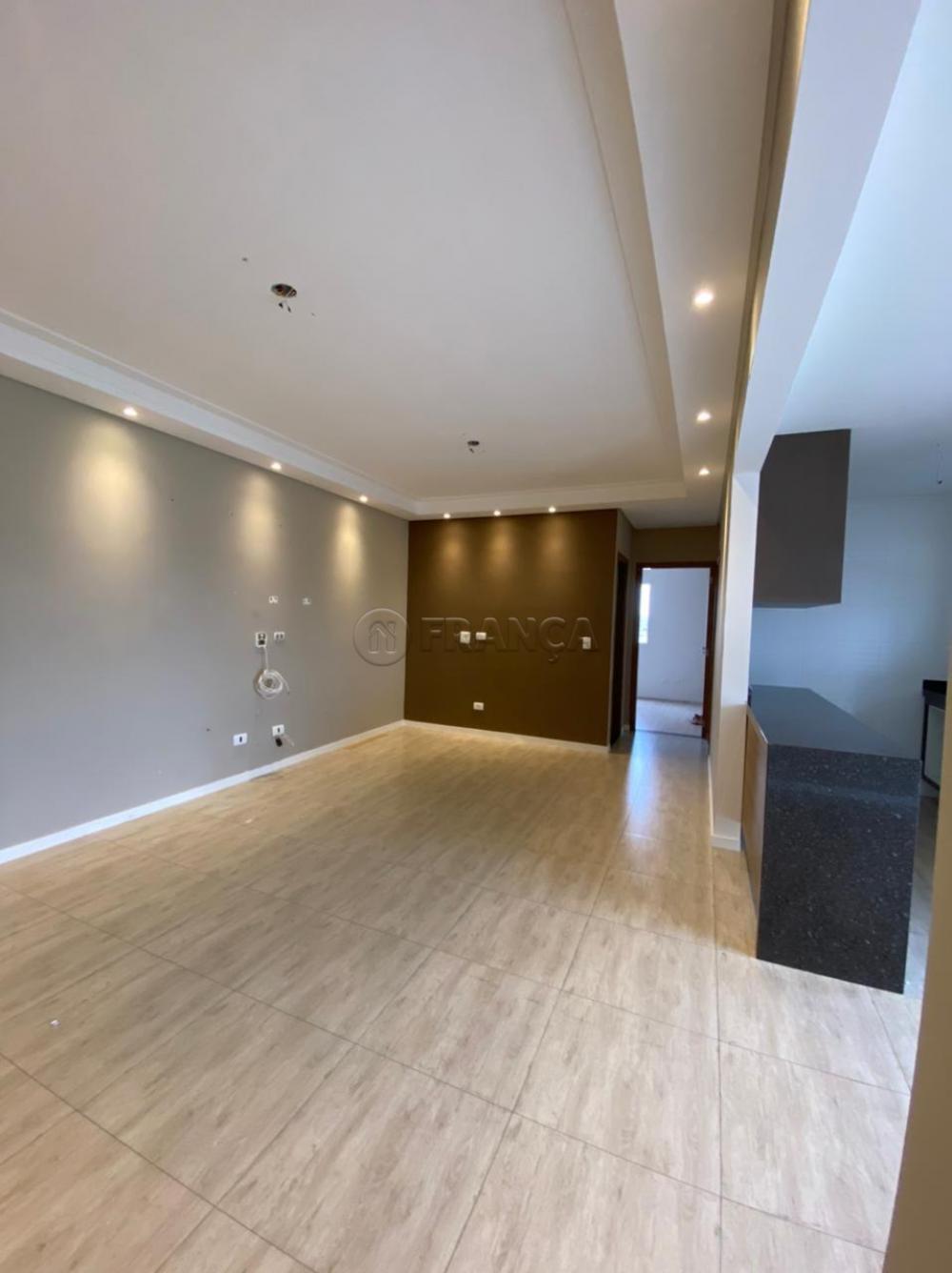 Alugar Apartamento / Padrão em Jacareí R$ 1.300,00 - Foto 4