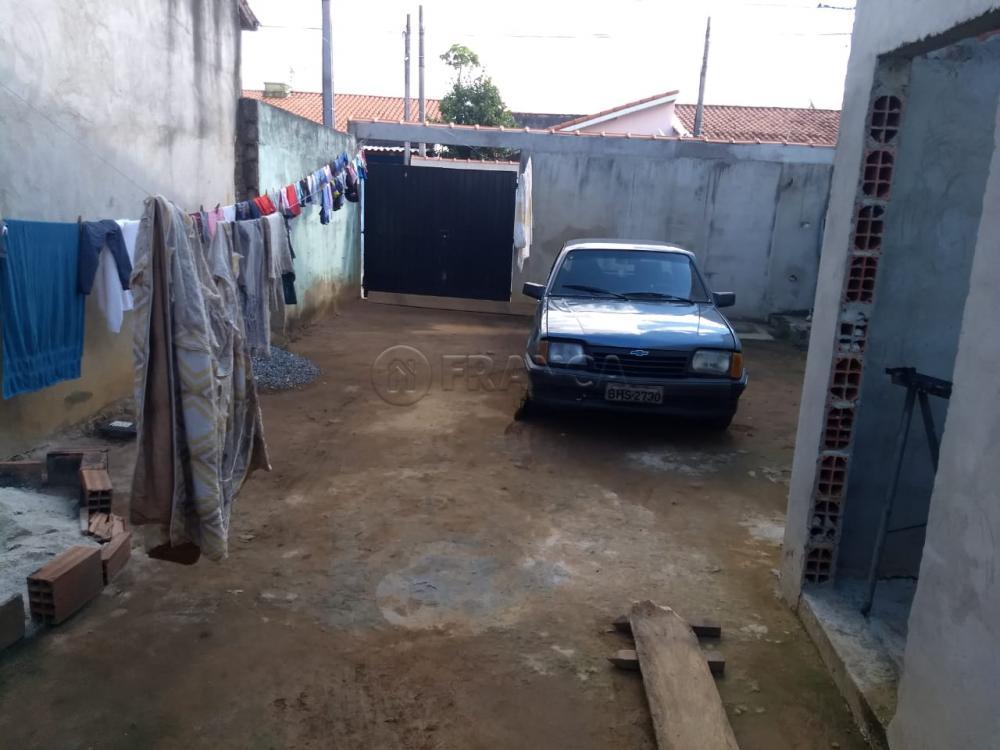 Comprar Casa / Padrão em Jacareí R$ 159.000,00 - Foto 3