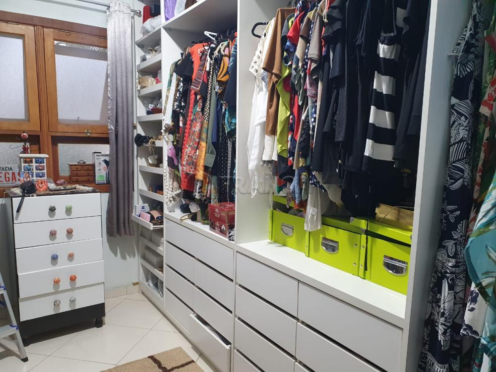 Comprar Casa / Condomínio em Jacareí R$ 860.000,00 - Foto 17