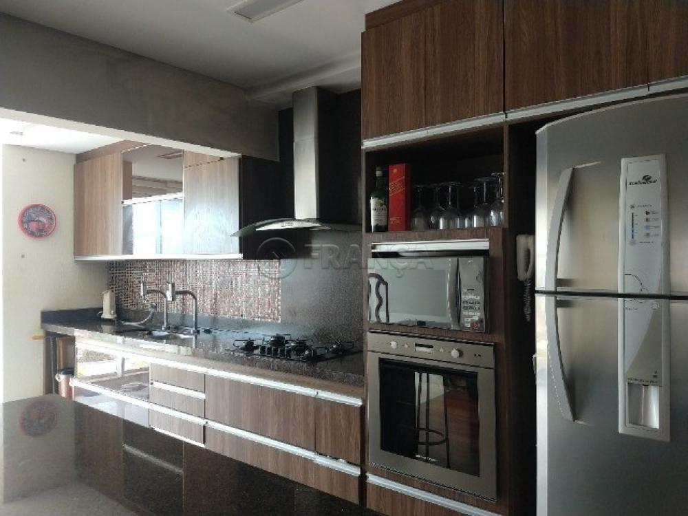 Comprar Apartamento / Padrão em Jacareí R$ 550.000,00 - Foto 4