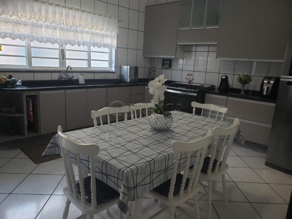 Comprar Casa / Padrão em Jacareí R$ 600.000,00 - Foto 7