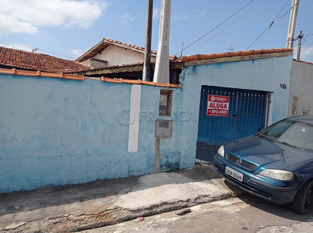 Alugar Casa / Padrão em Jacareí R$ 1.200,00 - Foto 1