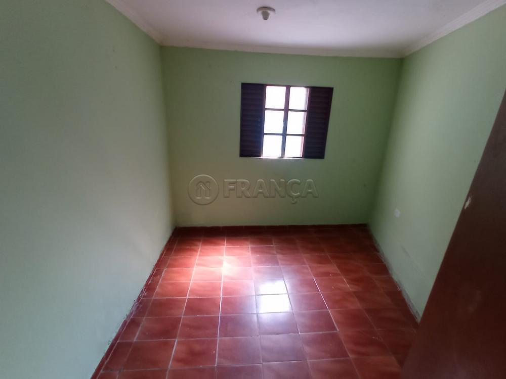Alugar Casa / Padrão em Jacareí R$ 1.200,00 - Foto 9