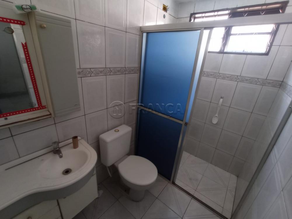 Alugar Casa / Padrão em Jacareí R$ 1.200,00 - Foto 11