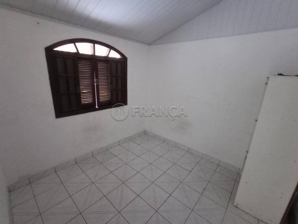 Alugar Casa / Padrão em Jacareí R$ 1.200,00 - Foto 14