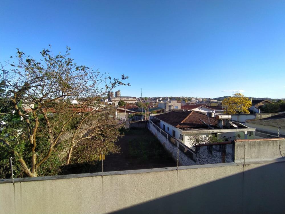Alugar Apartamento / Padrão em Jacareí R$ 1.500,00 - Foto 18