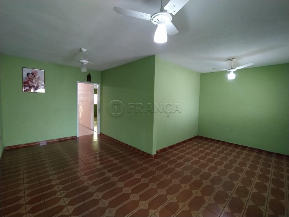 Comprar Casa / Padrão em Jacareí R$ 370.000,00 - Foto 5
