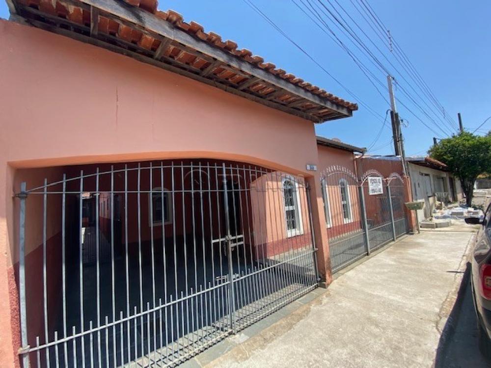 Comprar Casa / Padrão em Jacareí R$ 317.000,00 - Foto 1