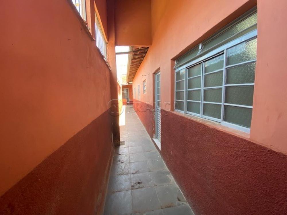 Comprar Casa / Padrão em Jacareí R$ 317.000,00 - Foto 3