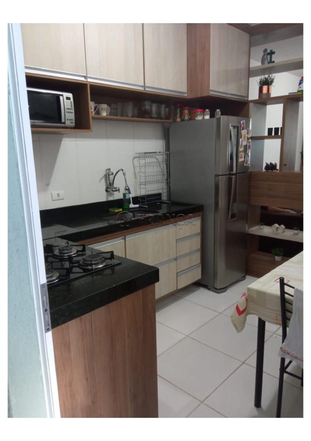 Alugar Casa / Condomínio em Jacareí R$ 1.000,00 - Foto 5