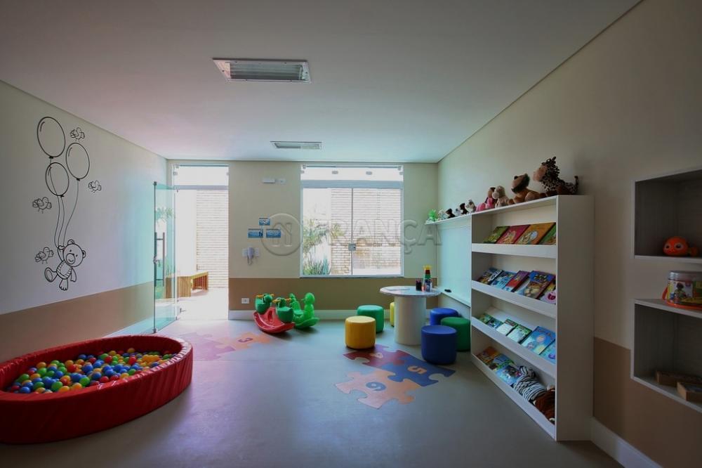 Alugar Apartamento / Padrão em Jacareí R$ 2.200,00 - Foto 18