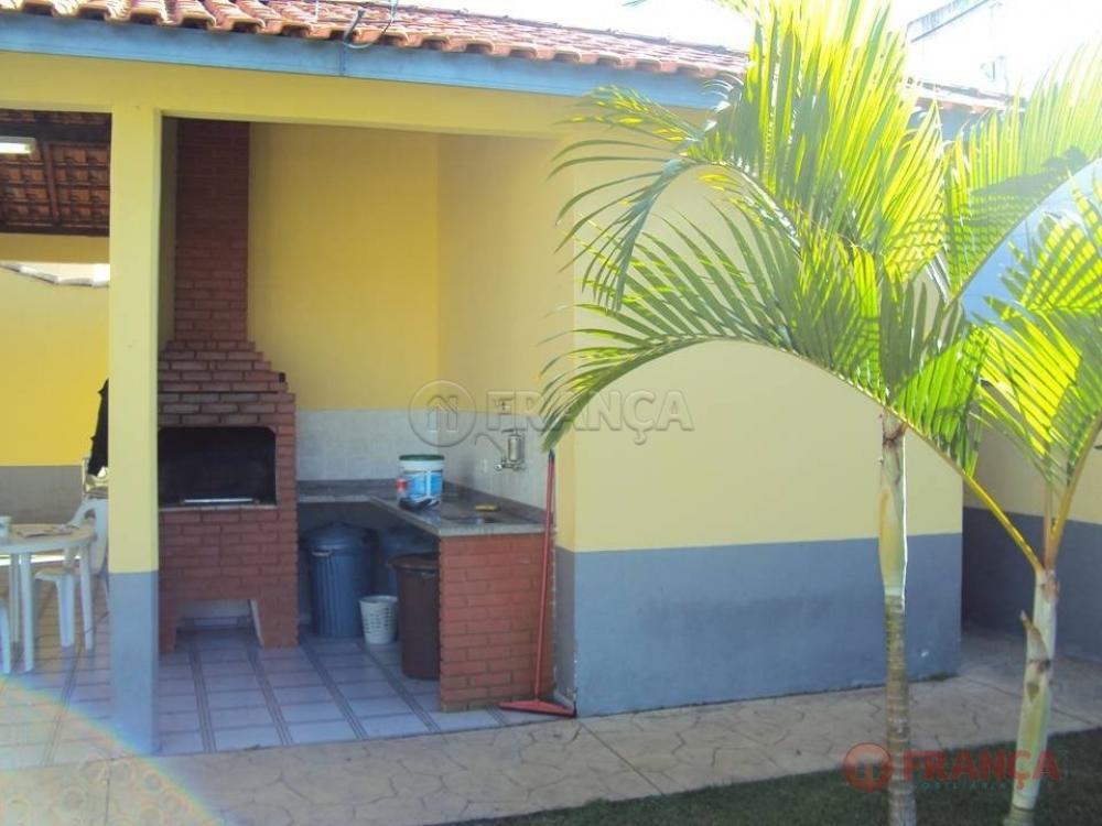 Comprar Casa / Condomínio em Jacareí R$ 860.000,00 - Foto 40