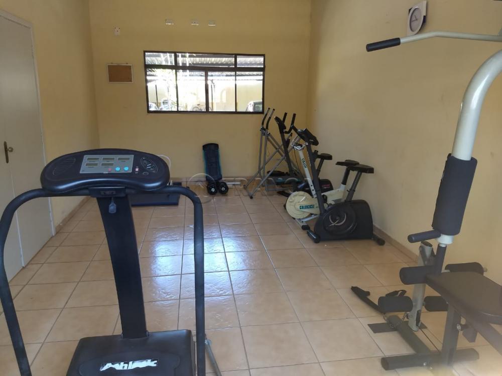 Alugar Apartamento / Padrão em Jacareí R$ 900,00 - Foto 28