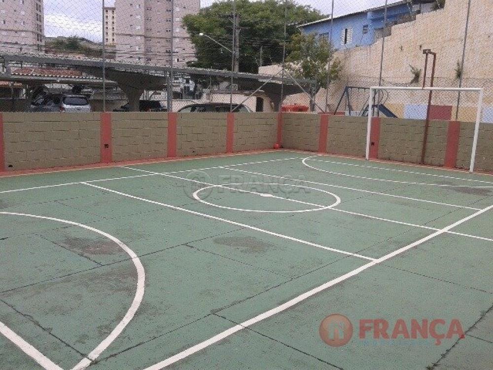 Comprar Apartamento / Padrão em Jacareí R$ 195.000,00 - Foto 11