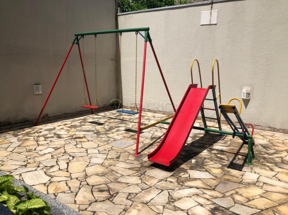 Alugar Apartamento / Padrão em Jacareí R$ 1.500,00 - Foto 24