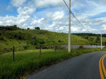 Guararema Maracatu Area Venda R$1.500.000,00  Area do terreno 100000.00m2