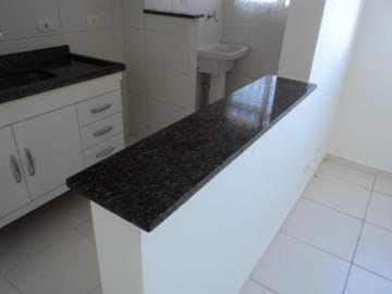 Alugar Apartamento / Padrão em Jacareí apenas R$ 700,00 - Foto 2