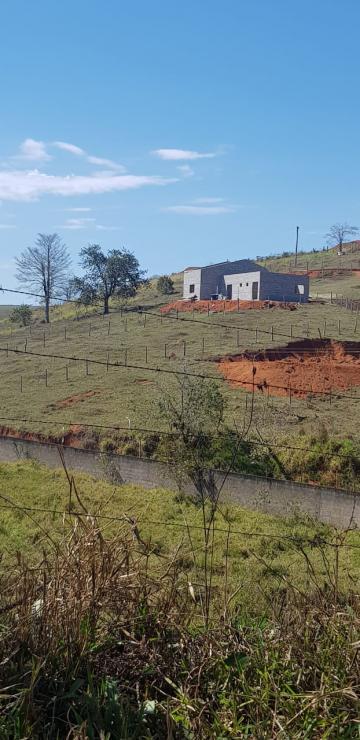 Comprar Rural / Sítio em Santa Isabel R$ 149.000,00 - Foto 1