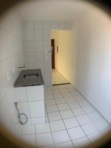 Alugar Apartamento / Padrão em Jacareí apenas R$ 700,00 - Foto 4