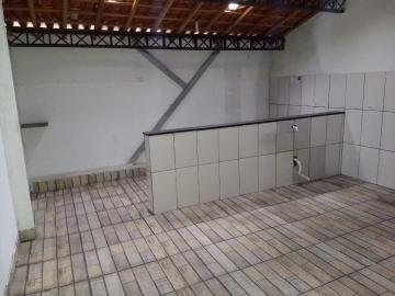 Alugar Casa / Padrão em Jacareí R$ 800,00 - Foto 6